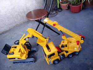 2 toys $10 for both for Sale in Montebello, CA