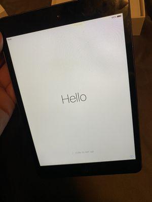 iPad mini 16gb space gray for Sale in Brandon, FL