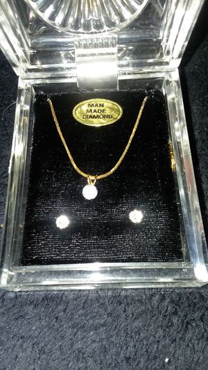 Gold toned diamond necklace and earring set for Sale in West Valley City, UT