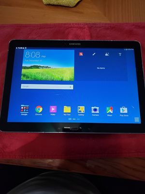 Samsung -SM-P905V tablet for Sale in Los Angeles, CA
