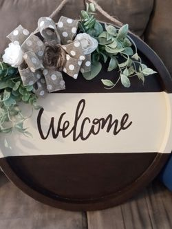 "Farmhouse Sign ""Welcome"" for Sale in St. Louis,  MO"