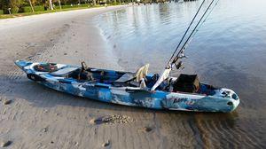 Feel Free Lure 13.5 kayak w/ sonar pod for Sale in Wellington, FL
