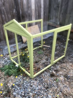 ***PENDING PICKUP***Free chicken run to attach to chicken coop for Sale in Seattle, WA