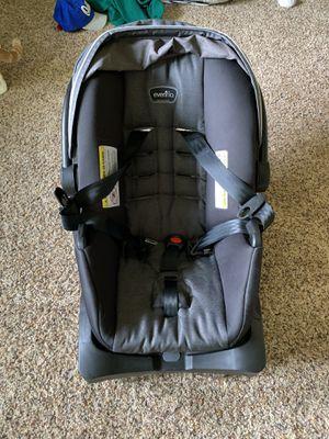 Evenflo litemax35 infant car seat for Sale in West Des Moines, IA