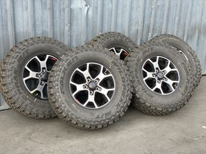 """17"""" Jeep Wrangler Rubicon brand new wheels and tires for Sale in Huntington Beach, CA"""