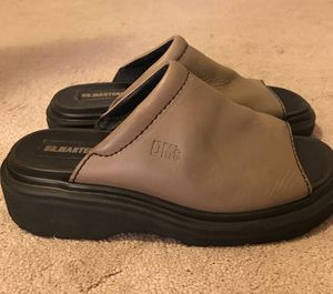 New Doc Martens Sandals Size 7.5 Leather for Sale in Dallas, TX