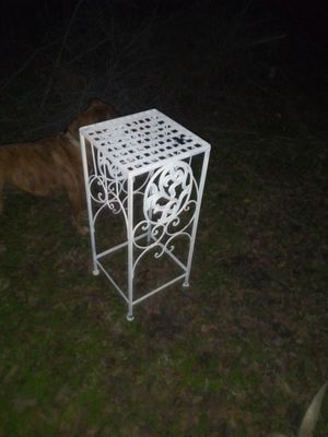 iron table/plant holder for Sale in Wichita, KS