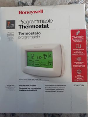 Honeywell's programmable thermostat for Sale in Sebring, FL