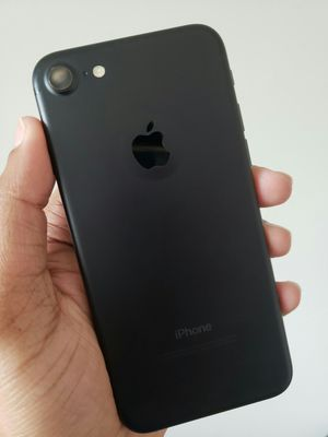 IPhone 7 , 128GB , Excellent Condition, FACTORY UNLOCKED. for Sale in VA, US