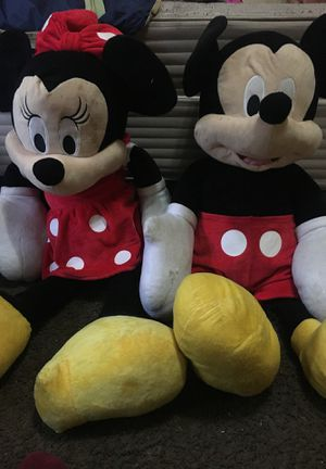 Giant Minnie Mouse & Mickie Mouse for Sale in Upper Marlboro, MD