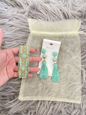 Earring and bracelet set for Sale in Orlando, FL