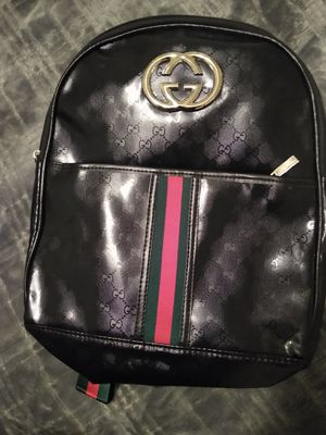 Gucci backpack for Sale in Fresno, CA