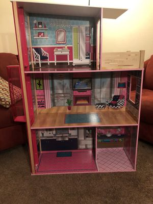Doll house for Sale in Montpelier, MD