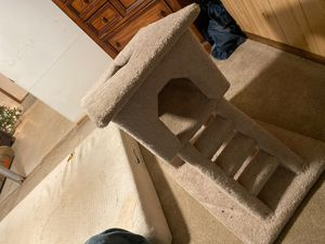 Cat house for Sale in Lawrence Township, NJ