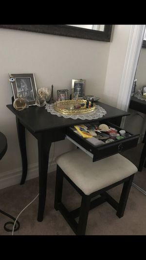 Black table used as vanity and desk. Gunmetal hardware. White bench with black legs for Sale in Burbank, CA