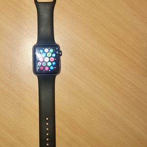 Apple Watch Series 3 GPS 42mm Space Gray Aluminum With Black Sport Band for Sale in Olney, MD