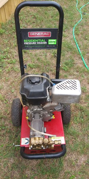 """GENERAC 2300 Pressure washer""""FOR PARTS"""" for Sale in Leander, TX"""