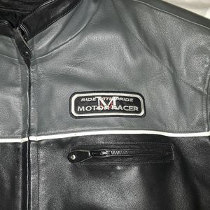 Leather motorcycle jacket for Sale in Blue Island, IL