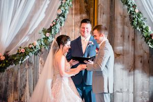 Ordained Minister & Wedding Officiant for Sale in Milton, WA