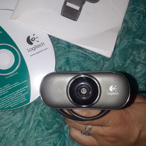 Logitech c210 webcam mint never used all parts are here for Sale in Boston, MA