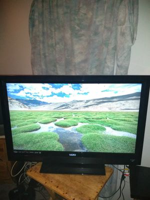 40 inch Vizio tv full 1080P for Sale in Woodbridge, VA