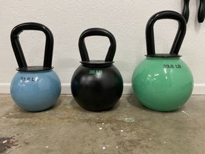 Kettlebell Set (20, 30 and 40 lb) for Sale in Arroyo Grande, CA