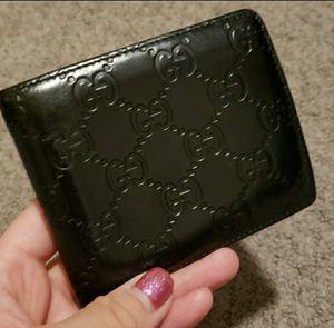 Gucci bifold wallet for Sale in Elk Grove, CA