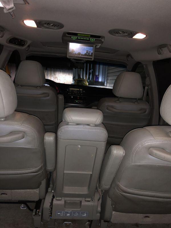 2007 Honda Odyssey EXL en perfectas condicione no hay ningún problema mecánico tituló limpio tv