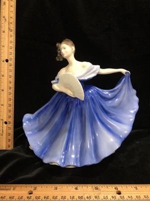 "Royal Doulton Elaine HN 2791 8"" tall 1979 for Sale in South Hill, WA"