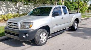 2010 TOYOTA TACOMA for Sale in Hialeah, FL