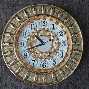 Brand new clock for sale size 20 inch diameter(fixed price) for Sale in San Diego, CA