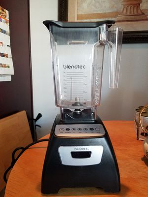 BLENDTEC BLENDER LIKE NEW , VERY STRONG for Sale in Montebello, CA
