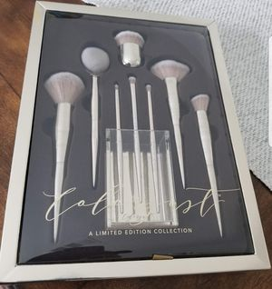 Brand New Make-Up Brush Set *Limited Edition for Sale in Beaumont, CA