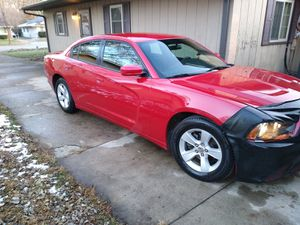 2013 DODGE CHARGER SE $8.500 OBO for Sale in Chicago, IL