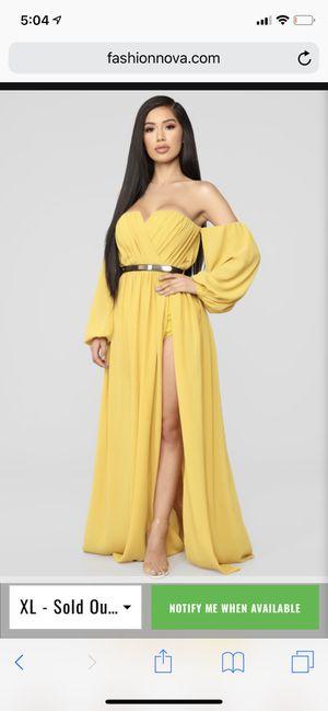 Fashion Nova High slit dress for Sale in Waldorf, MD