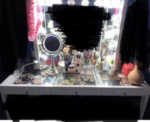 Impressions Vanity for Sale in Bakersfield, CA