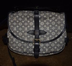 Authentic Louis Vuitton samur bag ASKING PRICE ACTUALLY $600 for Sale in Portland, OR
