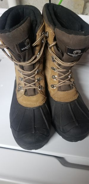 Weatherproof boots for Sale in Lexington, KY