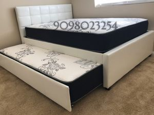 FULL/TWIN TRUNDLE BEDS W MATTRESSES INCLUDE D for Sale in San Gabriel, CA