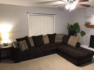 Brown sectional for Sale in Loganville, GA