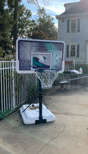 Poolside basketball hoop for Sale in Haddon Heights, NJ