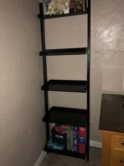 Shelf ladder black for Sale in Winter Haven,  FL