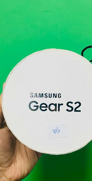 Samsung Gear S2 White (Finance for $30 down, take it home today) $150 for Sale in Carrollton, TX