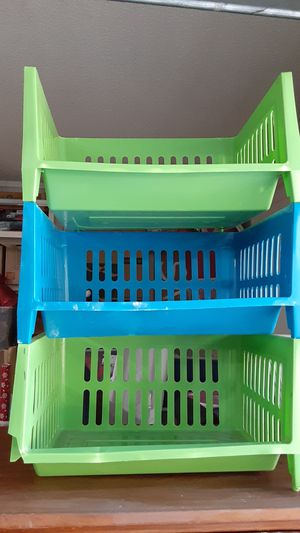 Free storage bins/Glendale for Sale in Glendale, AZ