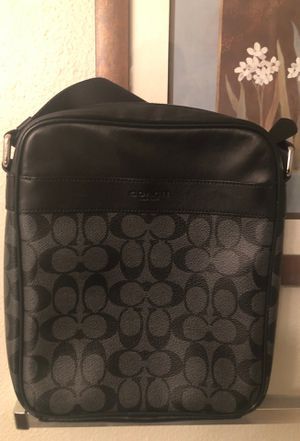 Coach Messenger Bag for Sale in Grove City, OH