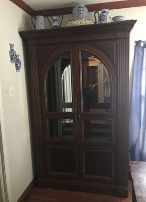 China Cabinet FREE ( first come first serve) it's still here for Sale in Dallas, TX