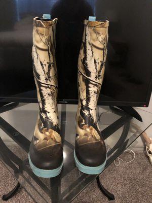 Women's Legendary whitetail rubber boots for Sale in Midlothian, TX