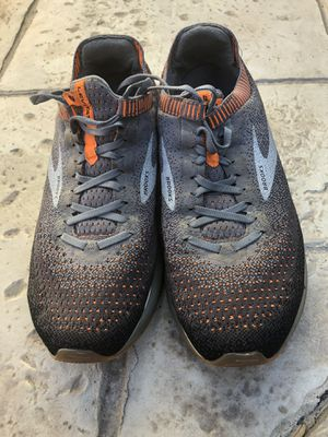 Brooks Levitate 2 size 11 men for Sale in Euless, TX