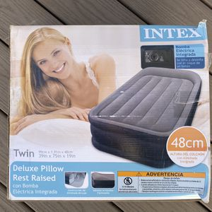 INTEX Twin Inflatable Bed for Sale in Lake Forest, CA