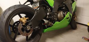 05 zx10R trade for boat for Sale in Brandon, FL